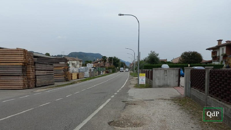 Questa immagine ha l'attributo alt vuoto; il nome del file è farra-strada2-121021.jpg